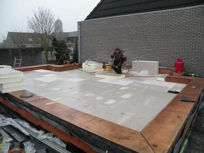 Hoe plat dak isoleren of vernieuwen materialen oplossingen en